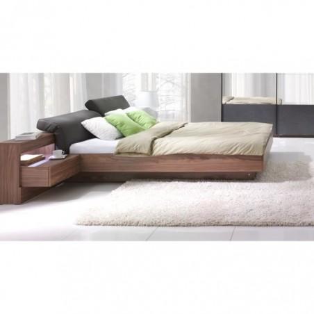 Lit + sommier + tables de chevet intégrées avec LED, couchage 160x200 cm. Coloris walnut.RENATO
